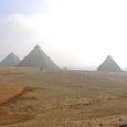 ギザの三大ピラミッド