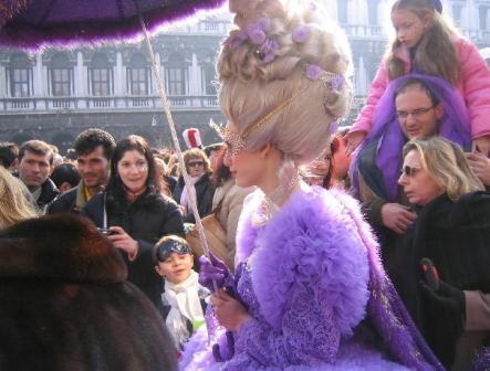Venetian Carnival by Mayurin